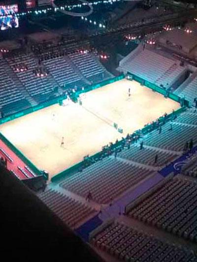 calefaccion-infrarrojos-industrial-pinta-tenis-arena